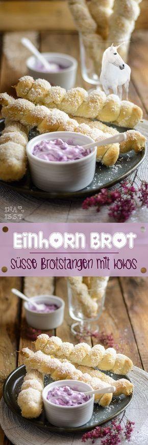 Einhornbrot: Süße Brotstangen mit Kokos /// Unicorn bread - sweet bread sticks with coconut