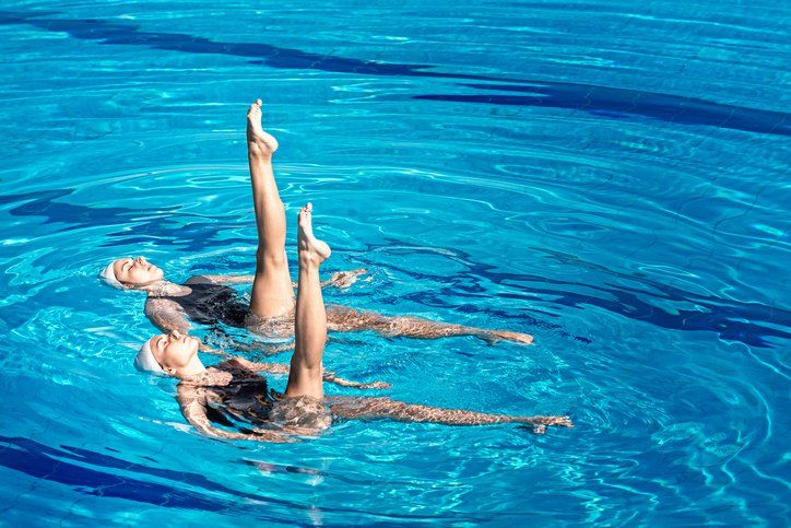 Mergulho nado sincronizado e SUP fitness no Sesc São Caetano