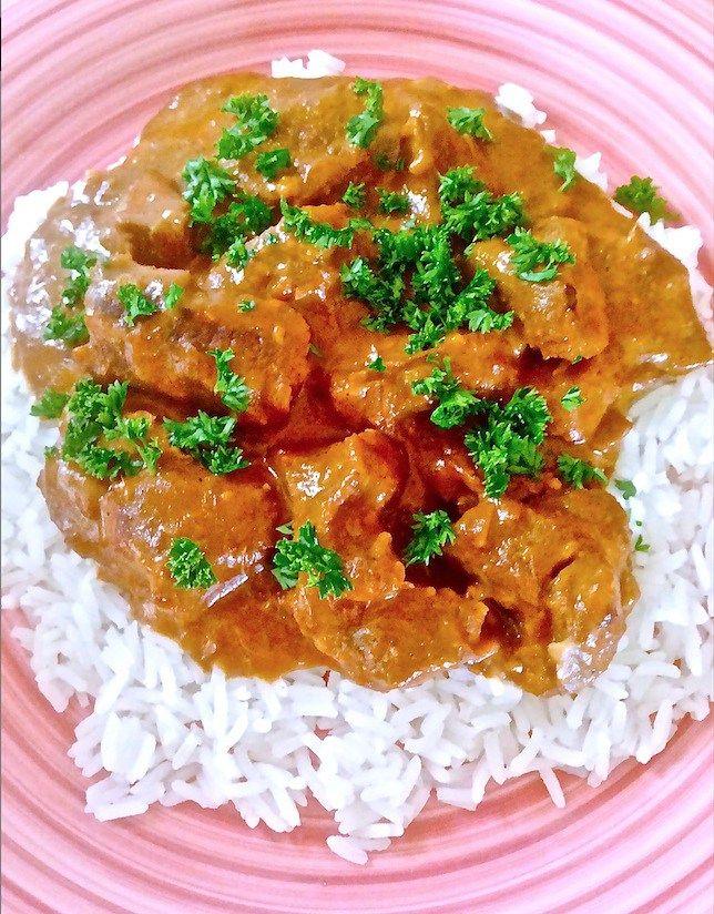 EmailTweet 2 Full-screen Beef Korma Beef, Indian October 24, 2015 0.0 0 Prep: 15 mins Cook: 5 hrs 15 mins 5 hrs 5 hrs 15 mins Yields: 4-6 Ingredients 2 medium onion 4 cloves garlic 1 inch piece fresh ginger 1 tsp oil 1tsp salt 1tsp paprika 2tbsp ground almonds 1Tbsp garam masala 1tsp red …