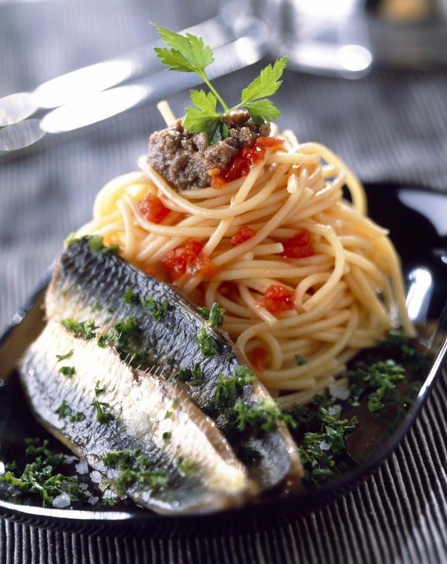 """Marco Bianchi, 6 consigli su quali pesci """"prendere"""" per mantenersi in salute: """"Tanto pesce azzurro fa bene, anche surgelato"""" (FOTO)"""