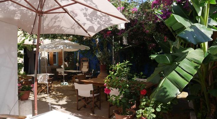 Apollo Guesthouse, Rhodos old town, Greece.