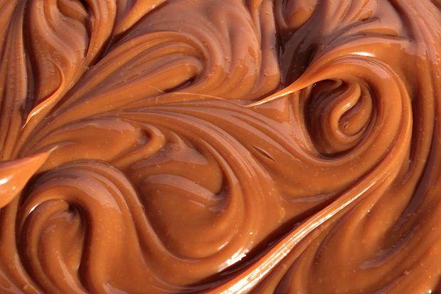 Recept voor zelfgemaakte dulce de leche: deze keer niet met een potje dat je kookt, maar door gebruik te maken van de oven.