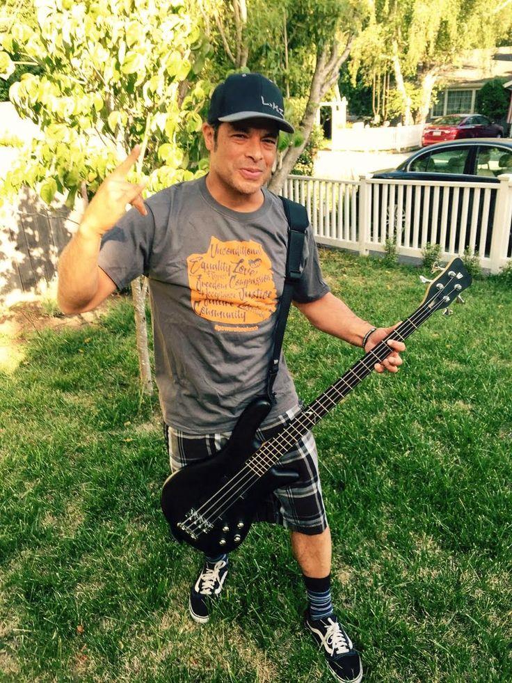 Robert Trujillo (@RobertTrujillo) | Twitter
