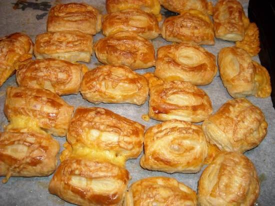 Kaasbroodjes van bladerdeeg #bladerdeeg