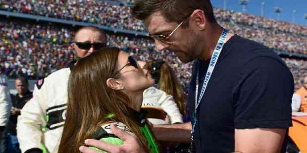 16 Awkward Details About Aaron Rodgers And Danica Patrick S Relationship Including If She Ll Meet His Family Aaron Rodgers Danica Patrick Aaron Rodgers Family