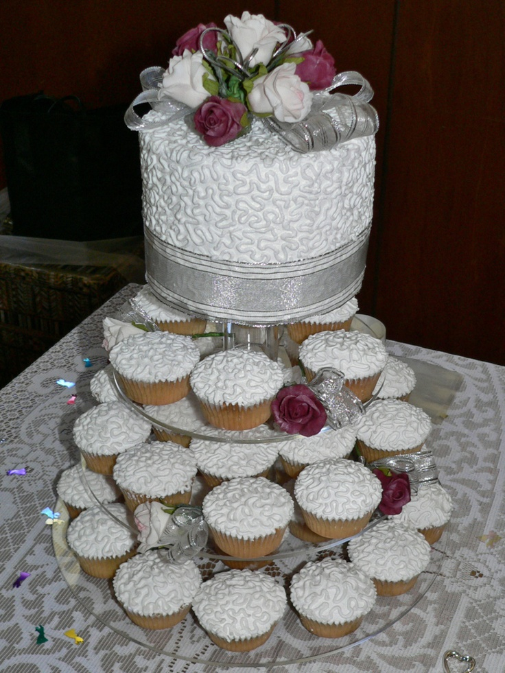 Wedding Cake and Cupcakes with Cornelli Icing