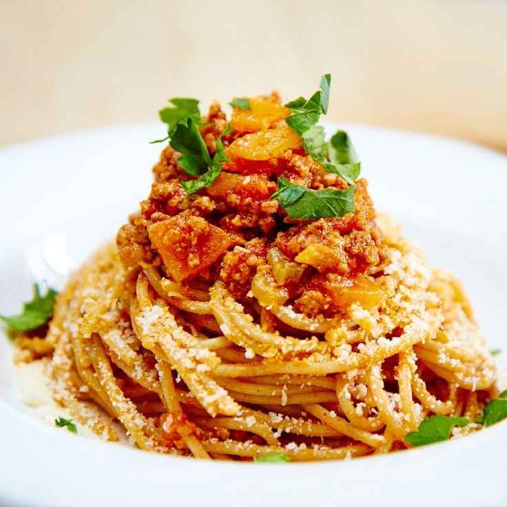 Ragù alla Bolognese, a classic Italian sauce which is used for the base of many other recipes!