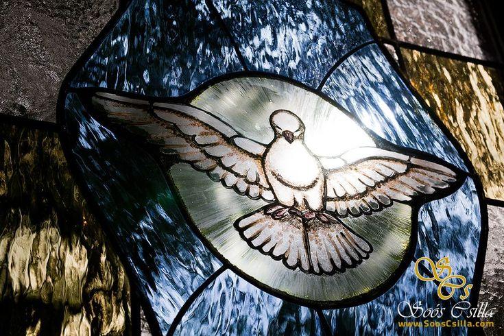 Výroba Vitráže Okna Kostola Nográdskej Župy  http://sk.sooscsilla.com/cirkevne-nabozenske-a-kostolne-sakralne-vitraze/ http://sk.sooscsilla.com/portfolio/vyroba-vitraze-okna-kostola-nogradskej-zupy/