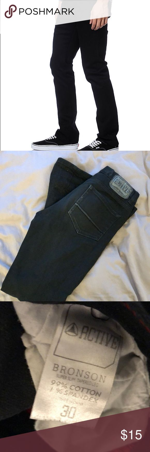 Active Ride Shop black skinny jeans Brand: ACTIVE Fit: Skinny through opening  W:30L:36 99%cotton 1% spandex high quality construction  Reasonable offers or bundles accepted! Active Ride Shop Jeans Skinny