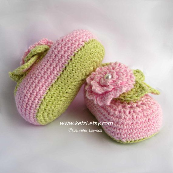 INSTANT+DOWNLOAD+Crochet+Pattern+Booties+leaves+flowers+por+ketzl,+$4.89