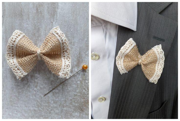 Anstecker Bräutigam Retro Fliege Jute  von Hochzeits-Shop / LoveLi Hochzeitsplanung  auf DaWanda.com