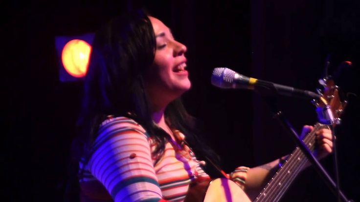 Carla Morrison - Tragos de Amargo Licor ( Show Tecate BC 22-12-2012)