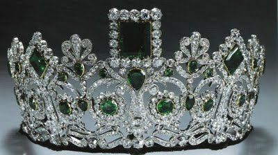 Tiara Time! Joséphine's Emerald Parure (WHAT I WANT FOR CHRISTMAS!)