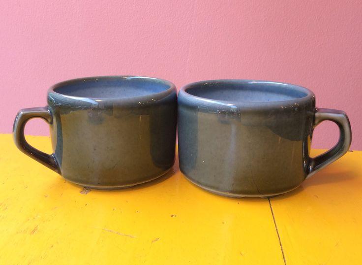 keraamiset maitokahvi/kaakao/teekupit . korkeus 6.5cm . halkaisija 9cm . #kooPernu
