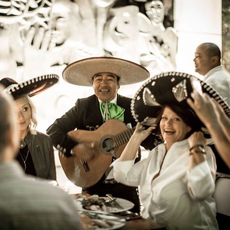 One of my favorite shots of the night from Saturday's Tequila Popup Dinner! Incredible food and drinks AND great entertainment from Jose our mariachi player! . . . #tequila #popup #tequiladinner #popupdinner #mariachi #mexico #party #dinner #celebrate #sing #play #guitar #saturdaynight #festive #70degrees #downtown #citygarden