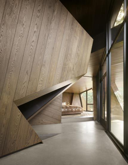 Daniel libeskind private home architecture residential for Daniel libeskind architectural style