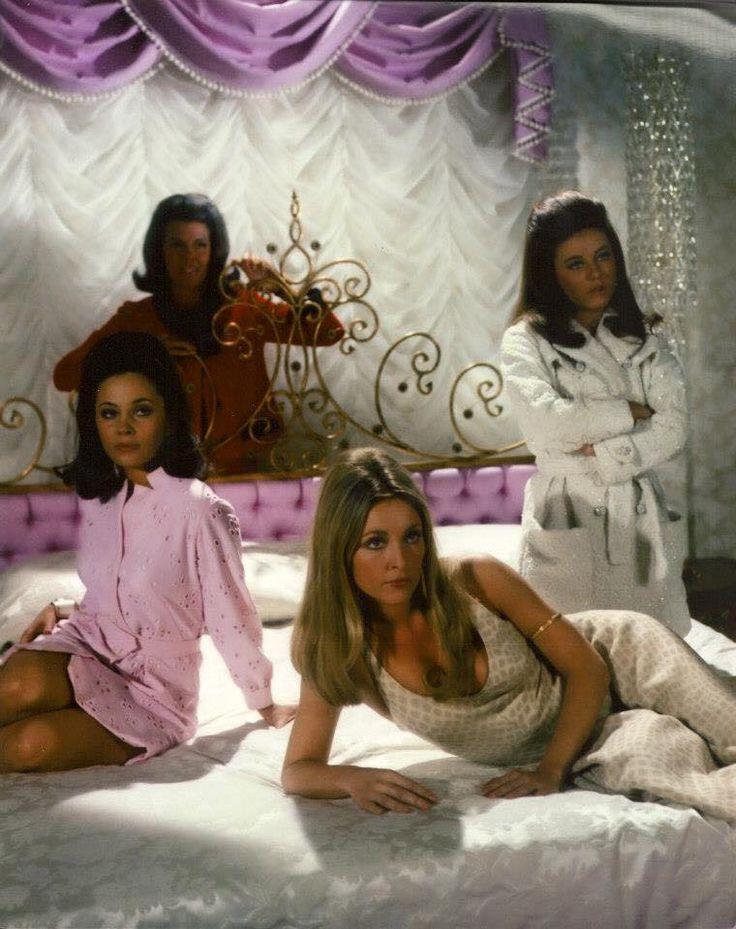 Jacqueline Susann with her 1967 dolls (Barbara Parkins, Sharon Tate, Patty Duke)