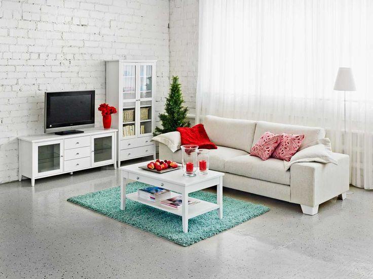 Sara-huonekaluissa on vanhan ajan henkeä tämän päivän maustein. Sarja sopii erilaisiin tiloihin konstailemattoman tyylinsä ansiosta. Joulu. Laulumaa Huonekalut