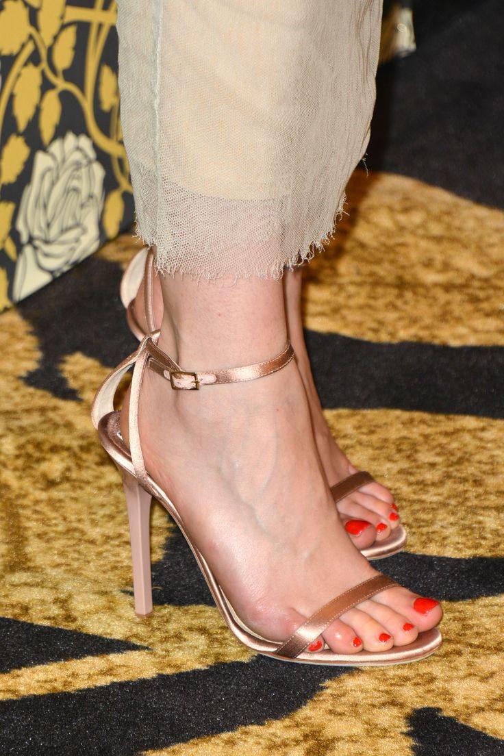Emilia Clarke's Feet