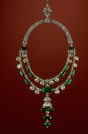 The Inquisition Necklace  was purchased by the Maharaja of Idore in the early twentieth century and in 1948 was purchased  from the Maharaja's son by Harry Winston
