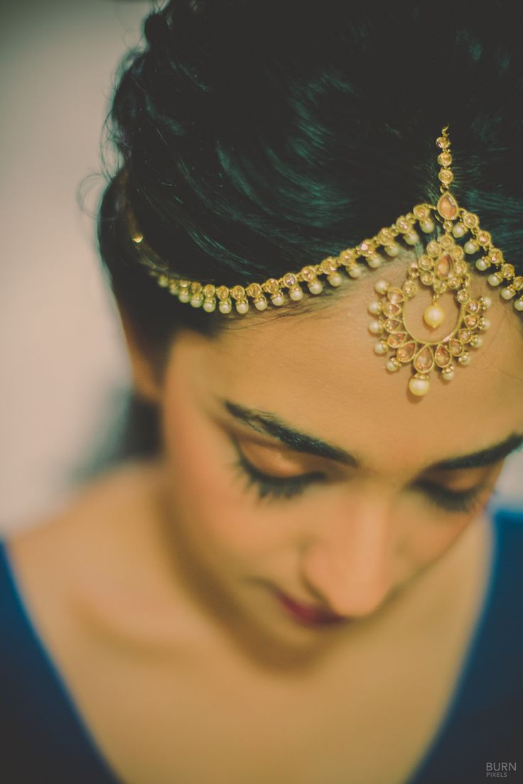 Gold Mathapatti with Pearl Drops