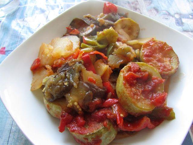 Greckie smaki: Briam, czyli warzywa z piekarnika