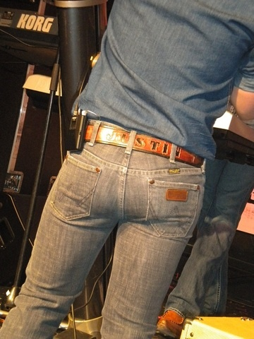 Let's all appreciate Justin Moore's ass, hey Justin Moore I wear my name on the back of my belt too!!!