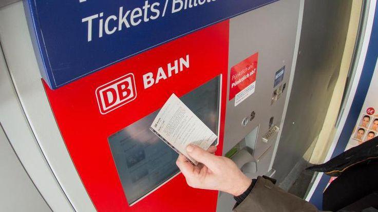 Neben Preiserhöhungen im Fern- und Regionalverkehr, beschließt die Deutsche Bahn Änderungen im Fahrplan, um das Streckennetz zu verstärken. Außerdem werden Schlaf- und Liegewagen abgeschafft.