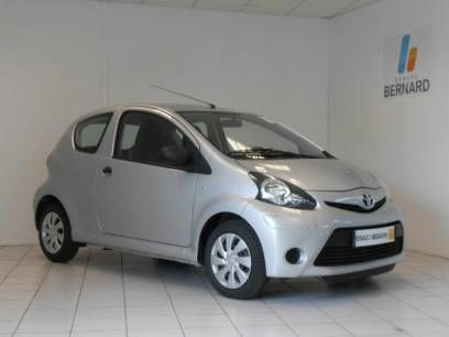 Voiture occasion Besançon // Acheter une Toyota Aygo 1.0 VVTi Active 3p occasion de 2012 au prix de 5990 euros