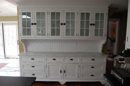 like the grid doors and drawer handles'