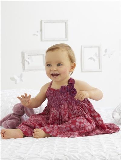 Vestido estampado e calções para bebé