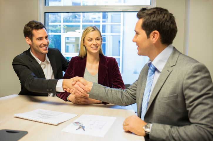 Ahead of applying it is recommended that you carefully read the loan agreement to know more about loan terms, interest rates, processing fee and renewal cost. Sign the urgently payday loan agreement only if you find the deal favorable. #paydayloans