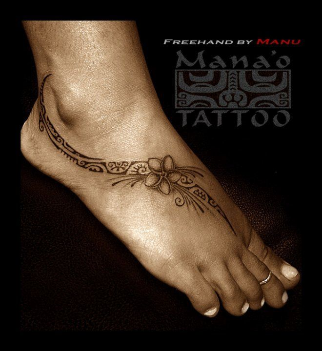 Tattoos by Manu FARRARONS -Polynesian / Tahitian but with Manta instead of flower