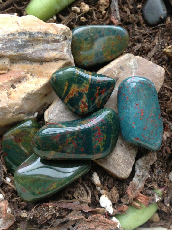 Bloodstone provides physical aid in treating anemia, blood disorders and enhancing blood flow. It strengthens the immune system and detoxifies. It eases menstrual and menopausal symptoms. It strengthens the heart, liver, kidneys, intestines, and bone marrow.