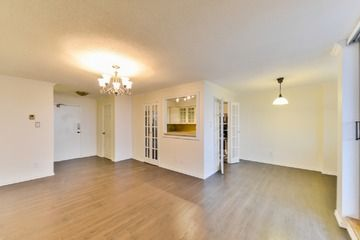 Condo Apt - 3 bedroom(s) - Markham - $304,900  //  N2874474
