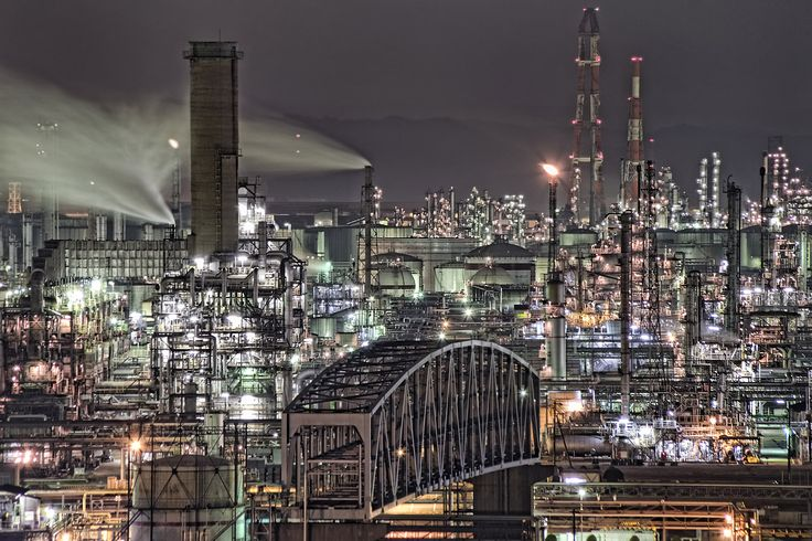 水島工業地帯 Mizushima industrial complex area at Kurashiki city, Okayama.[swag]スタイル / S.I / montage