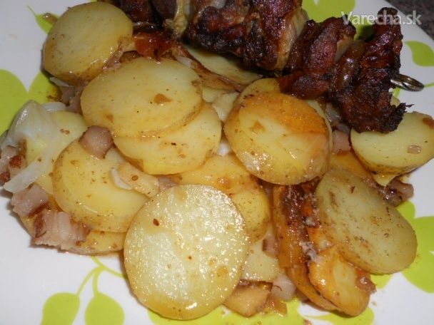 Slaninové zemiaky v tlakovom hrnci