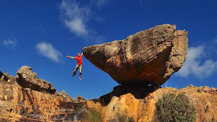 Pic. Alex Megos in Rocklands (South Africa) © Joseph Wetzel