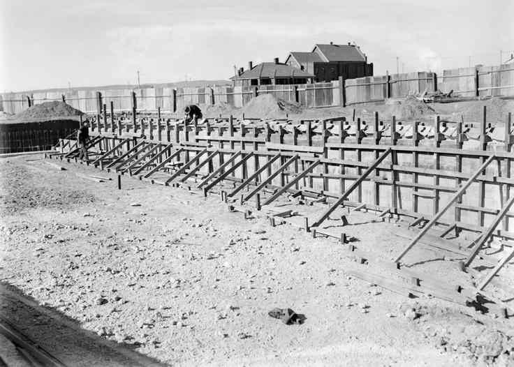 Manuka Pool under construction, 1930.    Photographer: William James Mildenhall. NAA: A3560, 6418