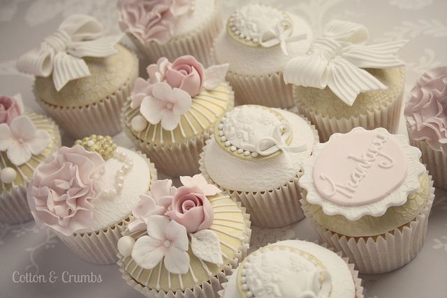 Teachers cupcakes by Cotton and Crumbs, via Flickr