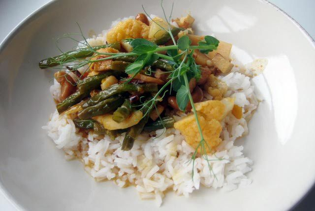 An Easy Classic: Try Thai Yellow Curry Chicken for Dinner