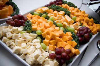 choosing your wedding reception food style