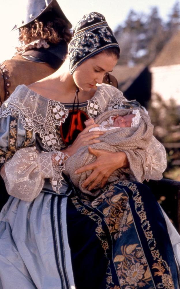 the scarlet letter demi moore 1995 cbuena vista pictures