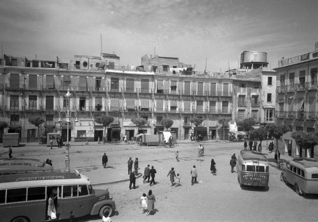 pLAZA cAMACHOS Fundación Cajamurcia y el Ayuntamiento de Murcia homenajean al fotógrafo Juan López en el centenario de su nacimiento