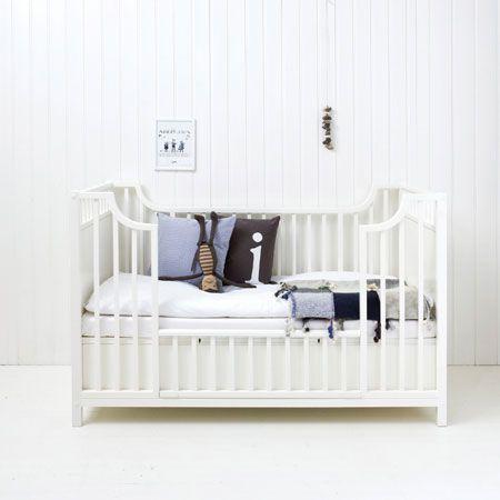 oliver_furniture_021417_cot_a
