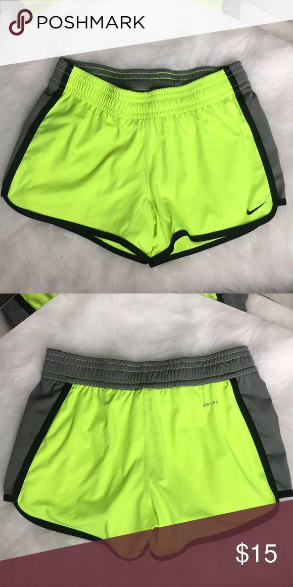 NIKE Shorts Drifit! Wie neu! Sehr guter Zustand. Nur ein paar Mal getragen. …   – My Posh Picks