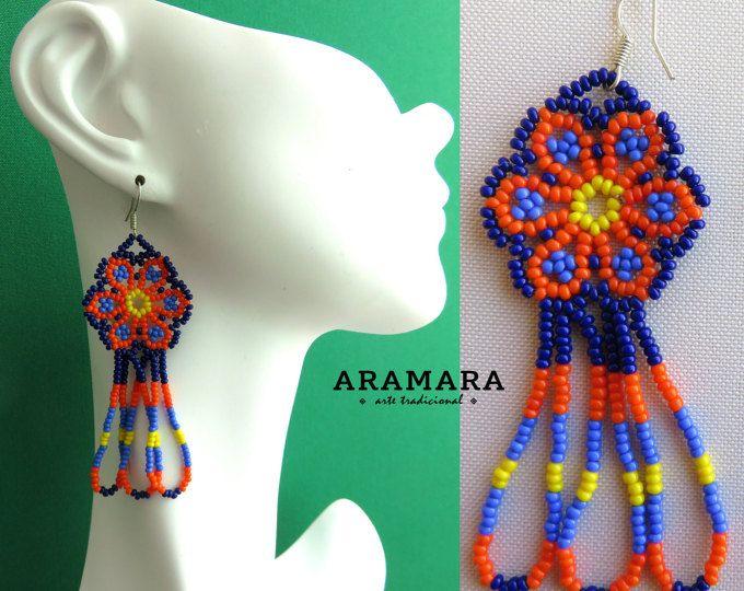Mexicana Huichol con cuentas azul y naranja flor pendientes AF 0104 mexicano pendientes - joyería mexicana - aretes Huichol - Huichol beadwork