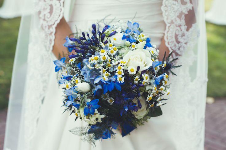 Bruidsboeket blauw wit. Veel mooie reacties op gekregen! (Boeket gemaakt door www.bloemenweelde-amsterdam.nl)