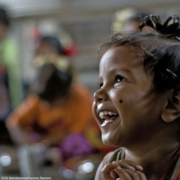 In SOS Children's Villages' kindergarten i Akkampettai, vulnerable children can forget the hardships of their everyday life and experience #momentsofhappychildhood