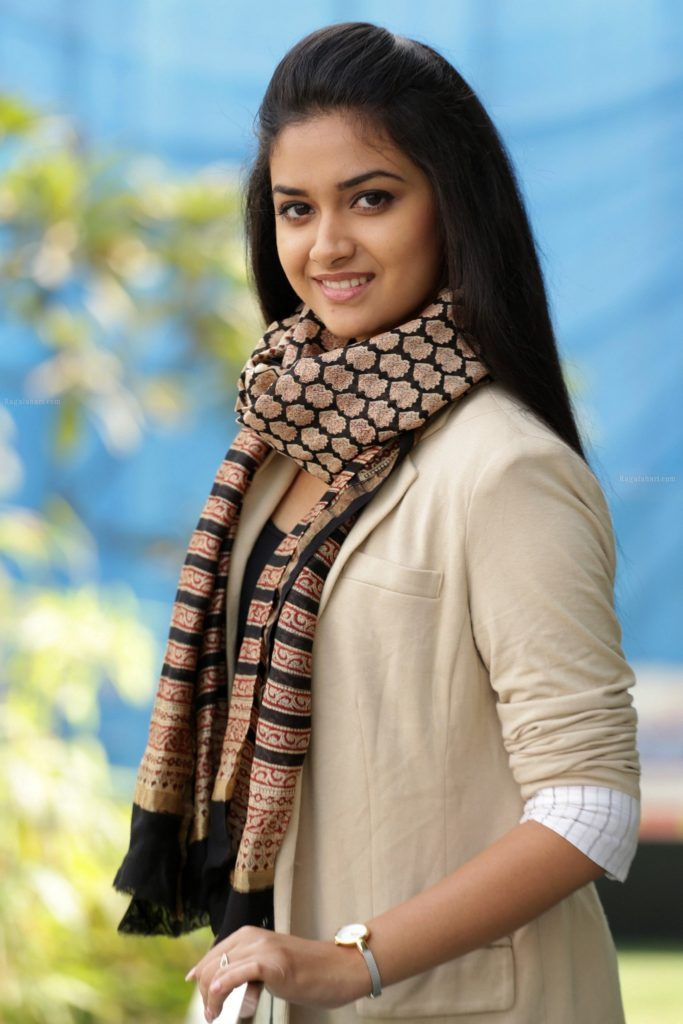 Download Keerthy Suresh Hd Images Photos Wallpapers Beauty Of